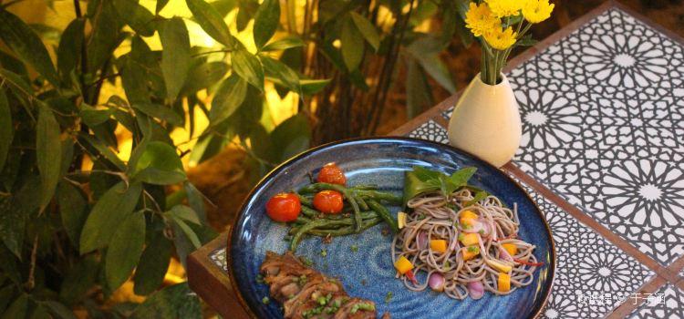 Fatfish Restaurant & Lounge Bar3