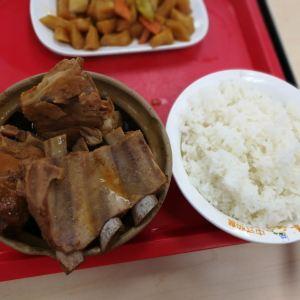 万和春排骨砂锅米饭(台东八路店)旅游景点攻略图