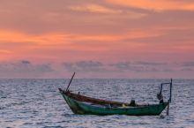 富国岛-海岸线上的美丽夕阳