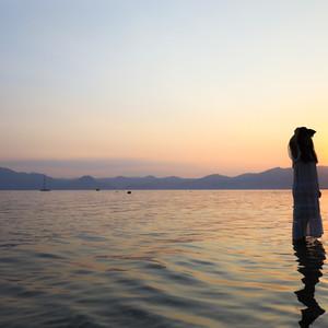 昆明游记图文-周末与玉溪抚仙湖的浪漫约会,赏落日花海