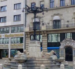 弗洛斯马提广场旅游景点攻略图