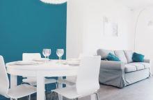 西班牙酒店 |满眼孔雀蓝!人均117入住圣家堂附近的高级民宿~  又是一家欧洲游的首选民宿哦~墙裂推