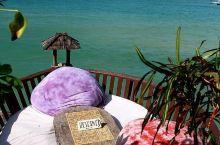 窝在海上的鸟巢沙发中,尽享浪漫午后时光