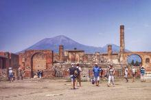 庞贝—被火山灰掩埋千年的神秘古城