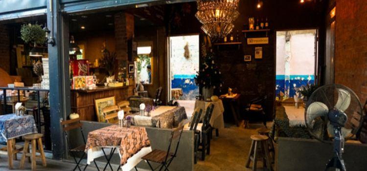 Family Inn Restaurant3
