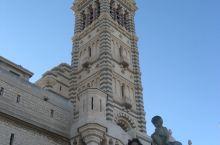 圣母加德大教堂