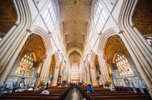 去英国巴斯不可错过的教堂