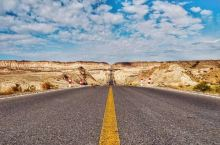 世界穿越沙漠最长的公路——京新高速G7正式通车!