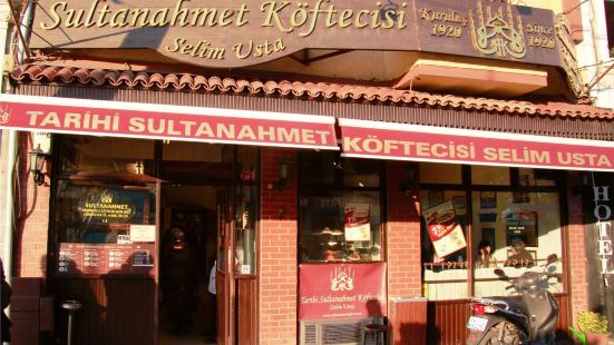Tarihi Sultanahmet Koftecisi Selim Usta