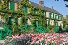 莫奈花园是法国著名画家莫奈的故居,分为水园和花园两部分,花园又名诺曼底园,位于房前,呈长方形,占地约