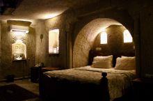 体验格雷梅洞穴酒店