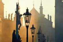 我就站在布拉格黄昏的查理大桥(7)