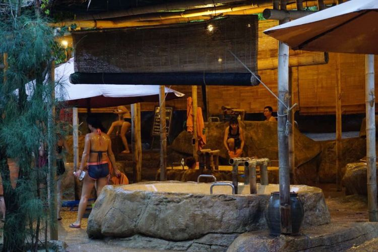 I-Resort Hot Mineral Spring2