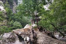 莲花峰瀑布3