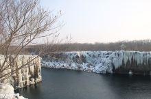 第四站目睹悬崖跳水第一人——镜泊湖  离开 雪乡 ,前往国家五A级旅游胜地镜泊湖,冬天的镜泊湖,尚未