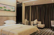 值得一去的酒店——海丰皇家酒店  在深汕特别合作区算是比较好的住宿,设施齐全,周围安静,服务热情贴心