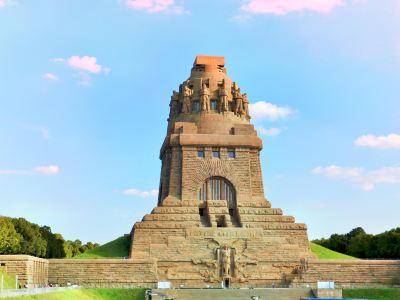 民族大會戰紀念碑