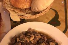 一家中国大使馆旁边的黎巴嫩餐厅,绝对美味