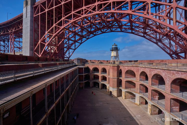 Fort Point3