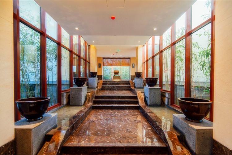 Yihe Funiu Mountain Resort Hot Spring2