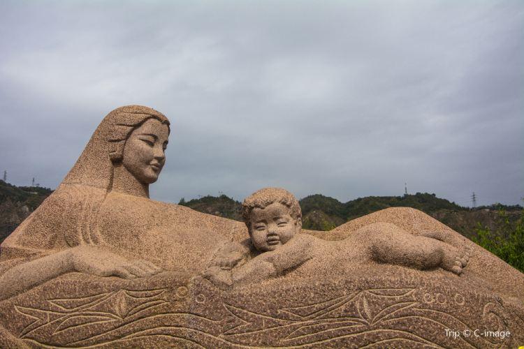 黃河母親雕塑1