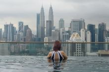 吉隆坡无边泳池民宿💃是时候拍拍拍啦✨