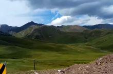 新疆美丽大山