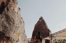 卡帕多西亚小众精灵烟囱洞穴酒店