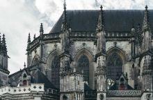 修了500年的教堂是什么样子,会蹦出个孙悟空来?