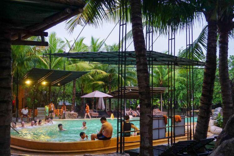 I-Resort Hot Mineral Spring3
