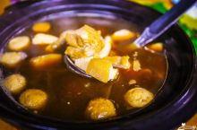 新记肉骨茶:沙巴最有名的肉骨茶,椰子冰也不错