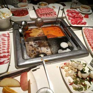 海底捞火锅(光谷世界城店)旅游景点攻略图