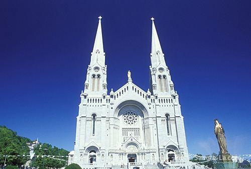 Basilica of Sainte-Anne-de-Beaupré1