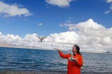 接着来到了佩枯措南岸,小武拿出了无人机,我们得以在湖边又疯浪了一阵子。添加图片描述