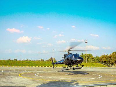 Dubai Helicopter Tour
