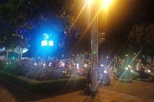 夜游胡志明市街道