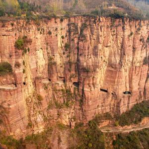 林州游记图文-天河飘落太行山,挂壁公路悬崖穿