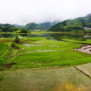 大别山景区游记图文-千里挺进大别山,乘游船、观瀑布、爬高山、玩漂流