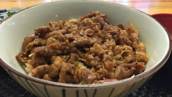 錦花牛肉湯飯