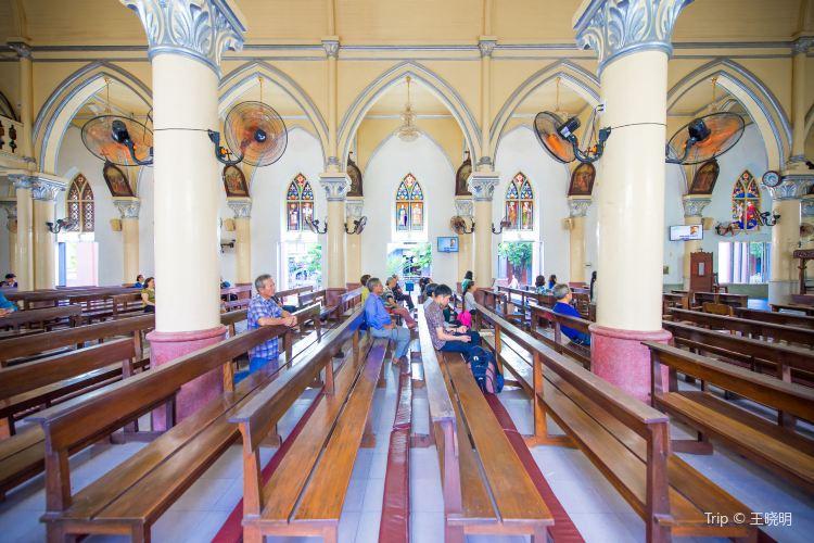 Da Nang Cathedral3