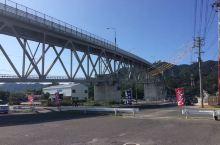 从境港站有社区循环巴士,100日元约10分钟,就来到境港水产直贩中心,其实就是菜场。就坐落的网上常见