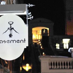 Wine Bar Basement旅游景点攻略图