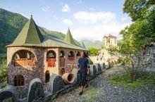 在阿塞拜疆和俄罗斯边界住古堡