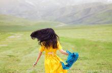 十月飞雪的祁连山下,带着笑一路向前