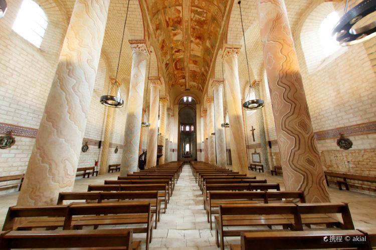 Abbey Church of Saint-Savin sur Gartempe2