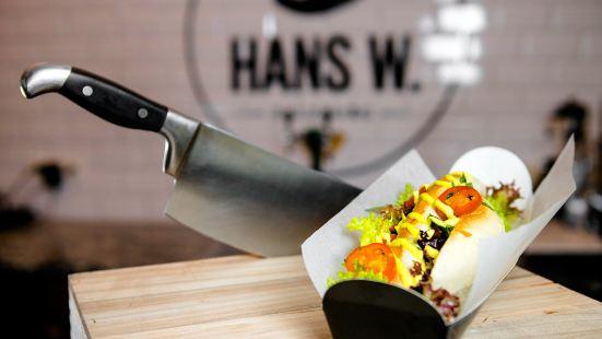 Hans W