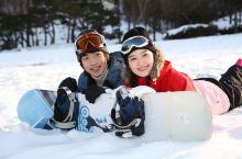 3月还可以来滑雪!东北这些滑雪场,享受明星同款的滑雪乐趣!