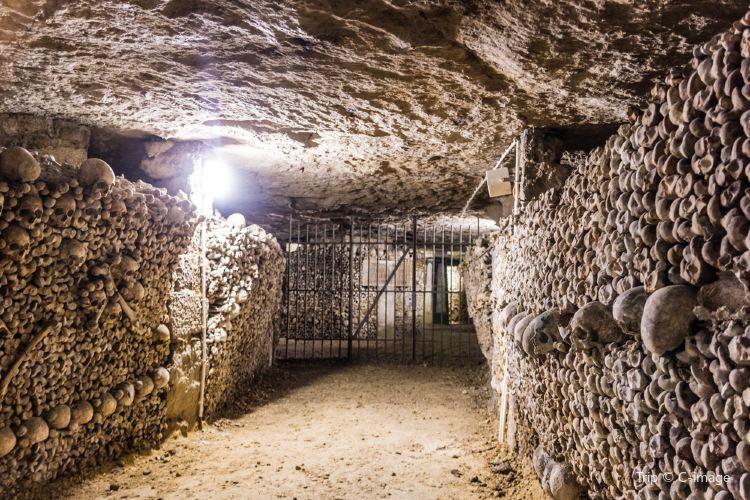 Catacombs of Paris1
