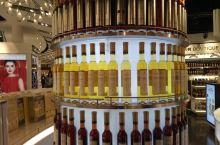 多伦多帕尔森机场免税店里的好酒