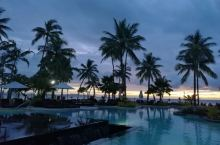 丹娜努岛的夕阳 在丹娜努岛宾馆拍摄的夕阳